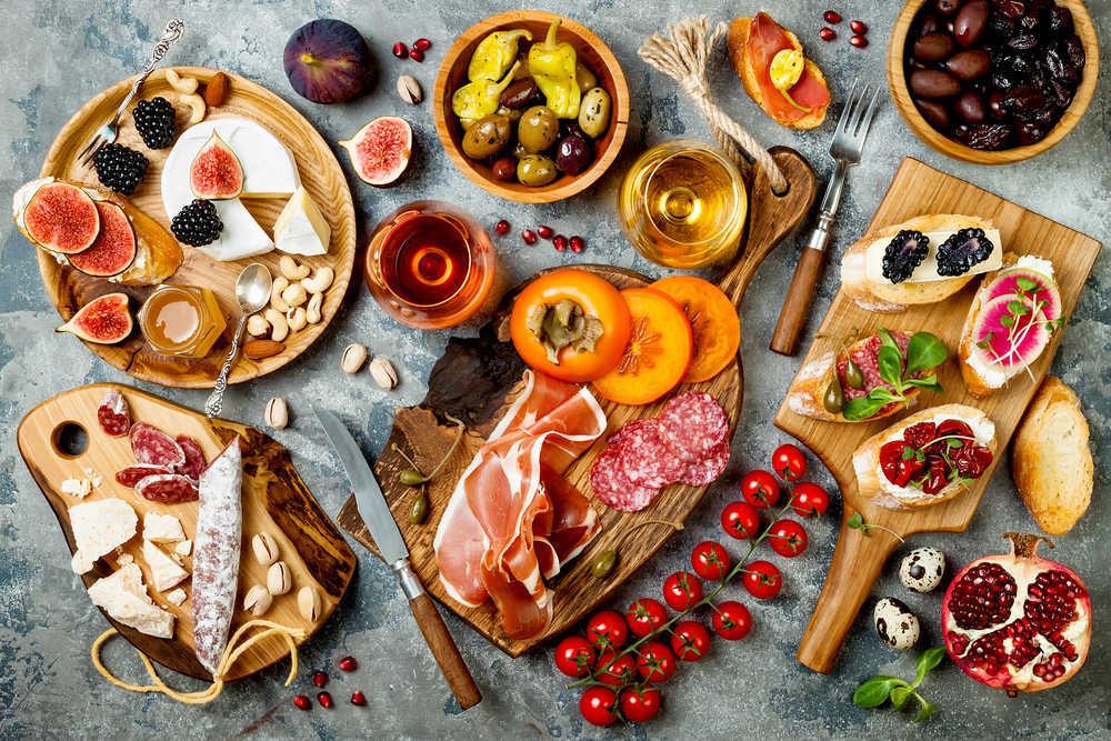 Cena de aperitivos, la mejor opción cuando hay muchos invitados